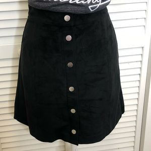 H&M faux suede leather skirt size 6
